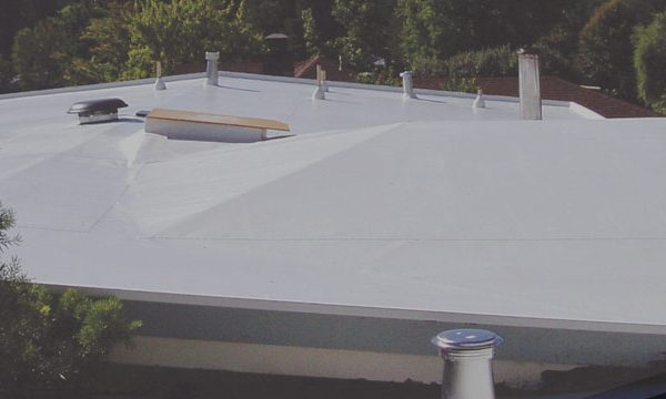 What Is Single Ply Weatherbond Roofing